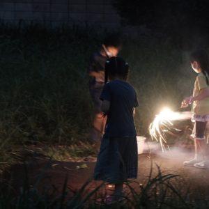Vol.1670 中町天神前集会所で花火とキャンドルライトづくり